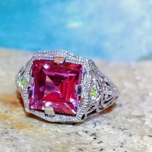 🆕🌺 Color Changing Alexandrite